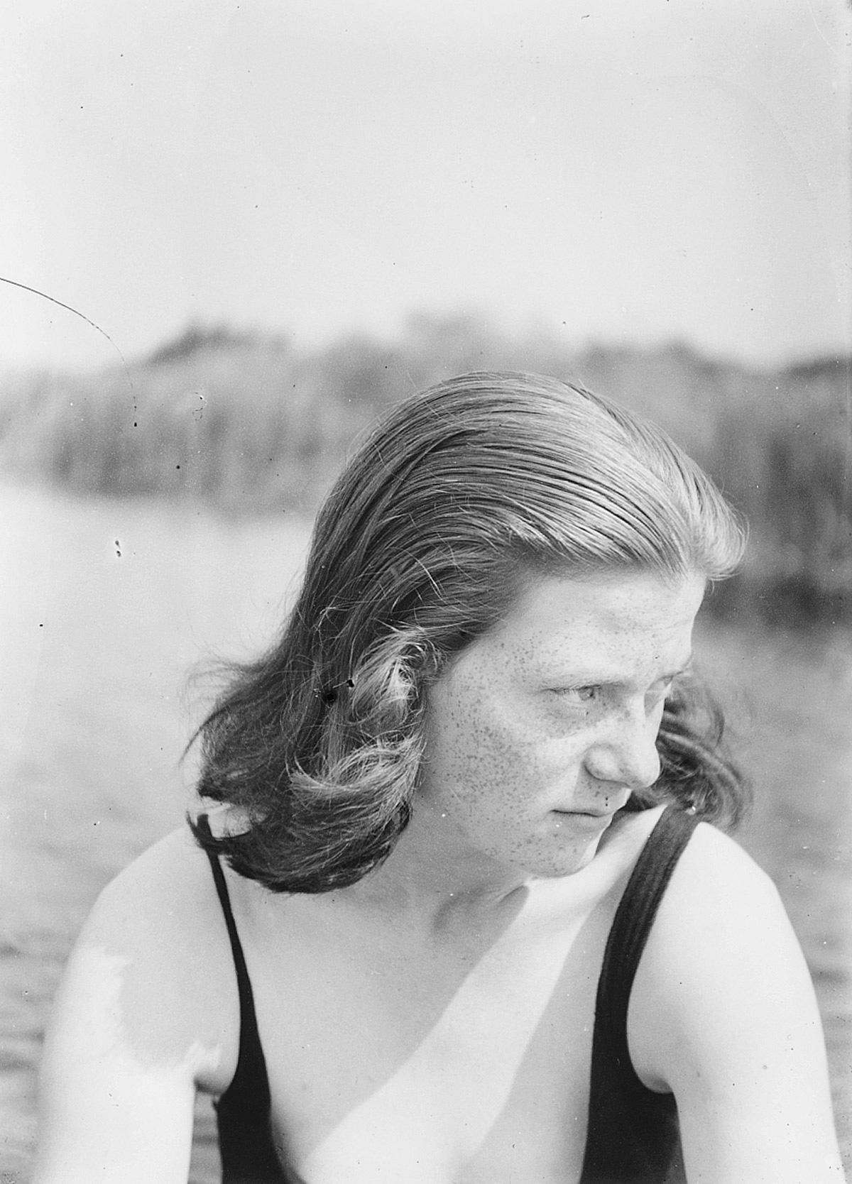 Melle schilder | Martha Bruijn, glasnegatief op fotopapier
